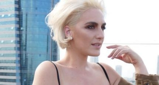 תמיד יש פעם ראשונה - דוגמנית פלאס סייז לראשונה על שער בלייזר