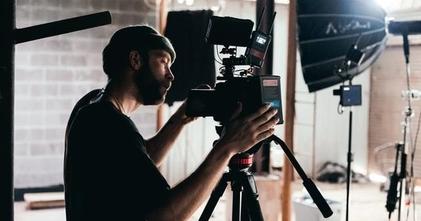 לצילומי סרט עצמאי דרושים שחקנים גברים בגילאי 25-60