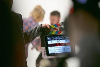 דרוש שחקן סופר קומי בגילאי 30-35 להפקה בתשלום לדיגיטל בתאריך 24.10