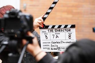 לצילומי סרט תדמית בתשלום בתחום רפואת השיניים דרושים שחקנים ושחקניותבגילאי 30-50דוברי שפות זרות