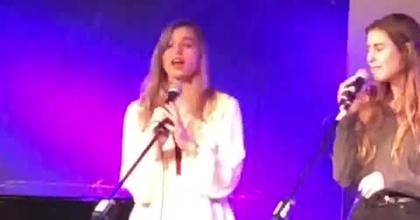 ביצוע השיר ״תמיד יחכו לך״